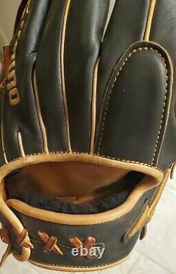 Mizuno Pro Select 11.5 Baseball Glove RHT Infield Shallow Pocket GPS1BK-400S