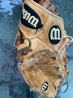 Wilson a2000 11 Pro Stock Infield Baseball Softball glove mitt