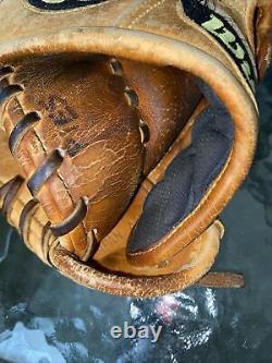 Wilson A2000 11 Pro Stock Infield Baseball Gant Softball
